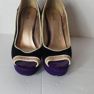 Qupid high heel shoe